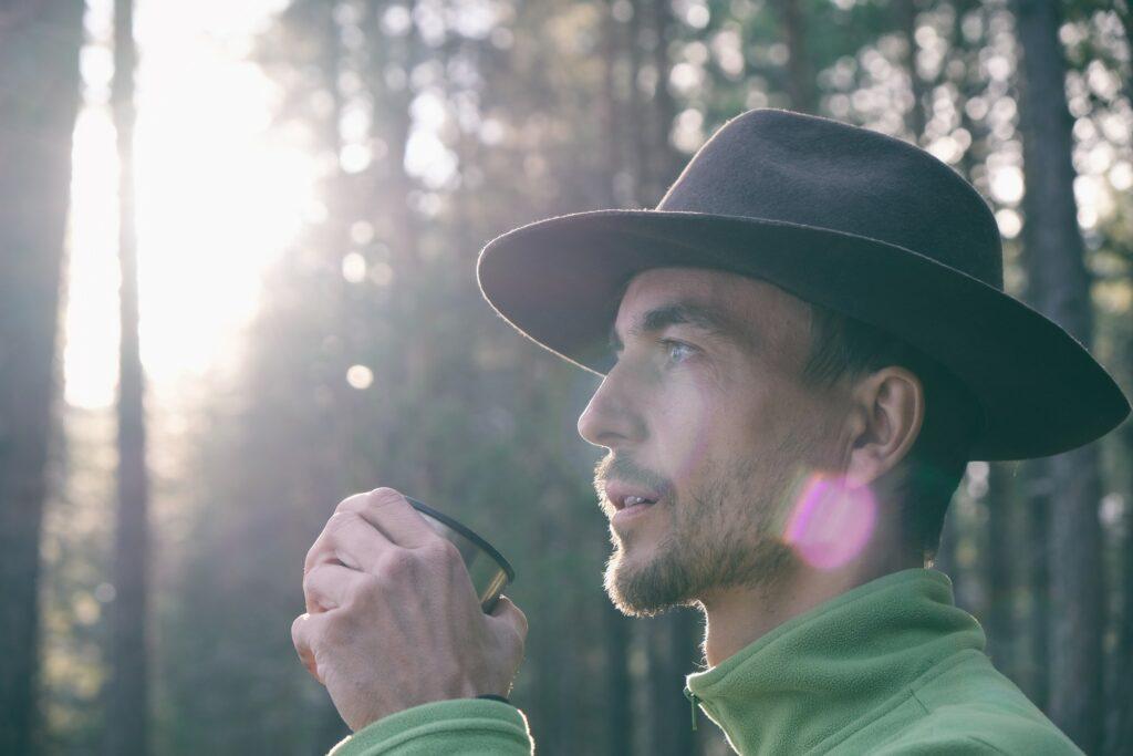 Man wearing a felt hat