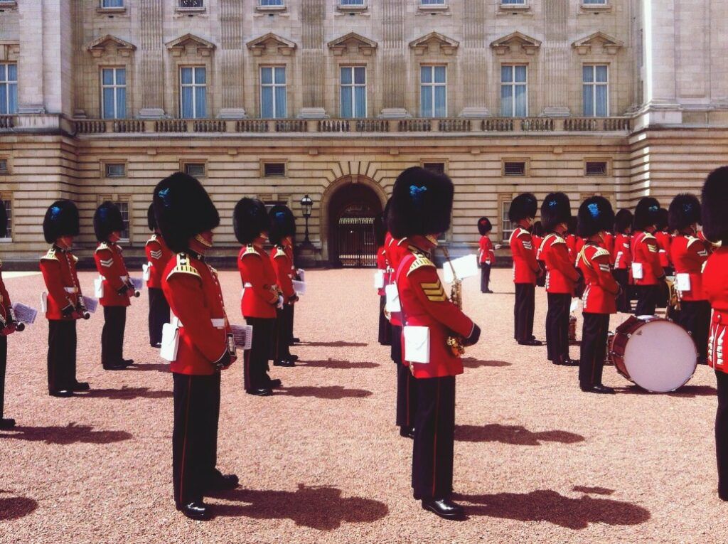 Royal guards with hats